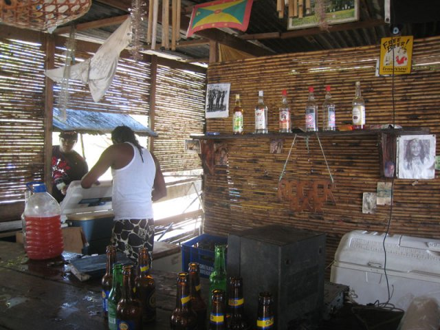 Roger's Beach Bar, Hog Island